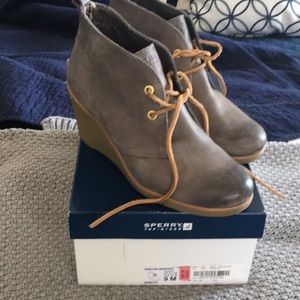 Sperry bootie